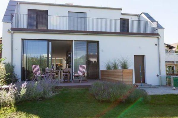 Urlaub Zuhause: WPC Terrassen für den perfekten Outdoor-Sommer